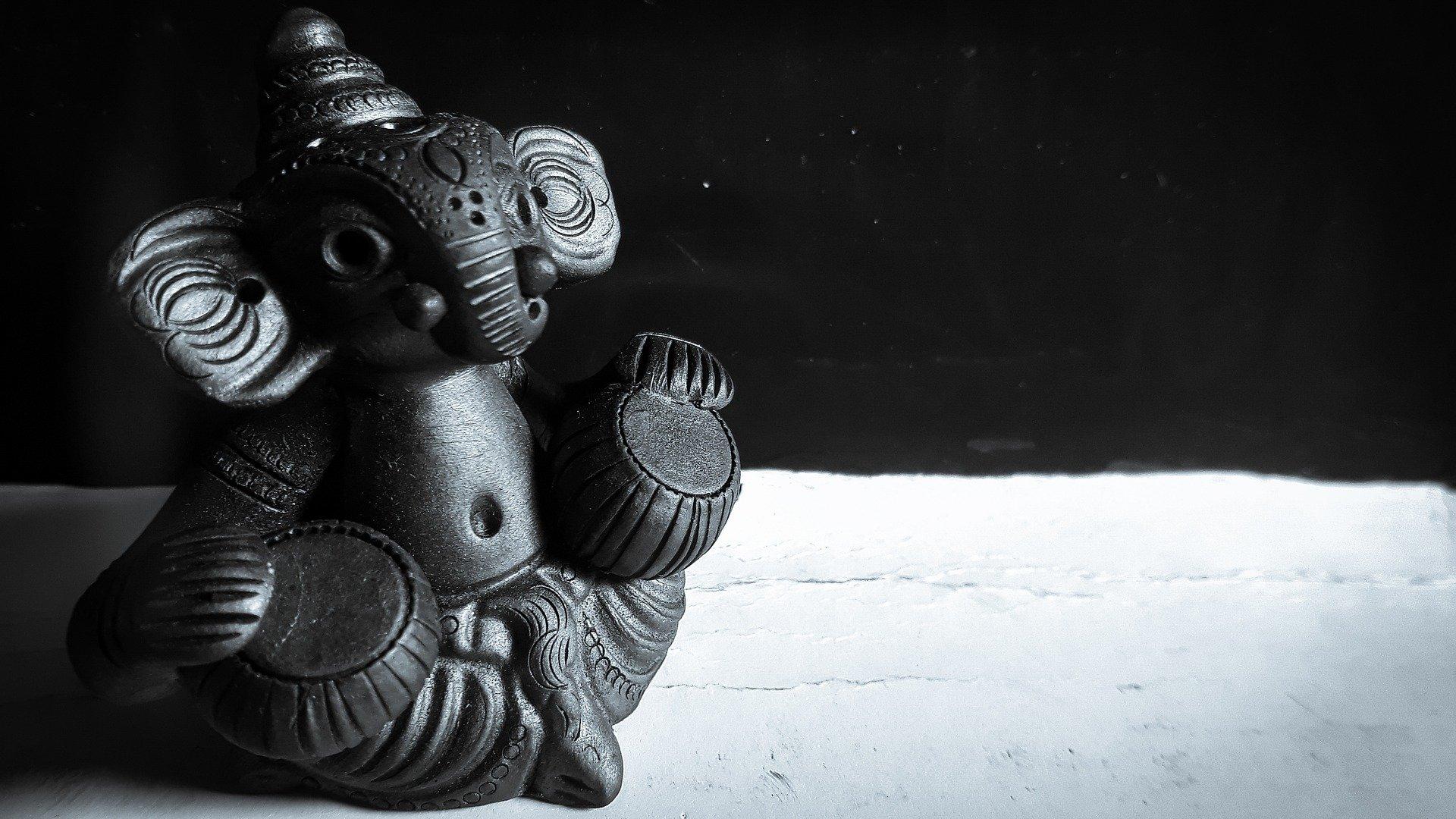 lord-ganesh-2936602_1920